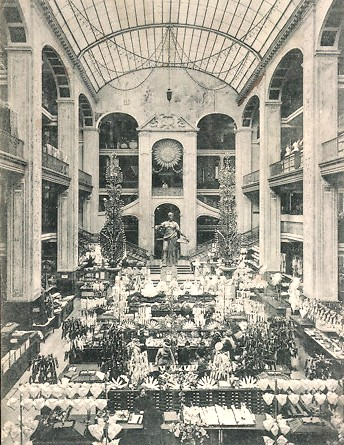 Interior of Warenhaus Wertheim, Berlin 1910