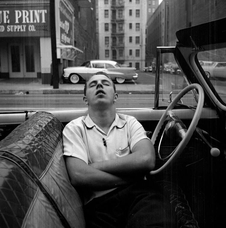 Man Sleeping in Car - Vivian Maier -VM1955W02739 – New York, NY, 1955